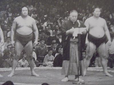 武蔵川理事長